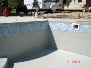 Block-Walls-Pool-Poured-Concrete-Topcoat-3