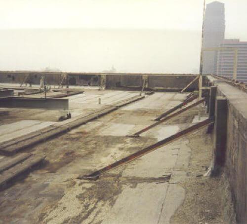 Permanent Waterproof Roof Coating Sani Tred 174